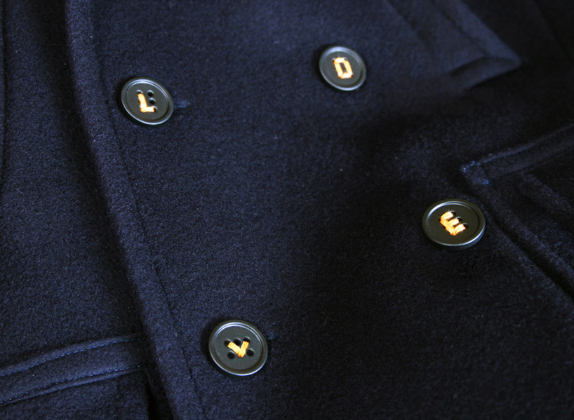 typo-buttons-let-you-stitch-a-story-onto-your-shirt-+-sleeve-designboom-01