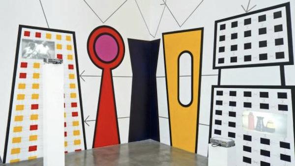 Foto: Instalación Cybernetic Still Life en la galería de Thomas Schulte en Berlín. Stephen Willats