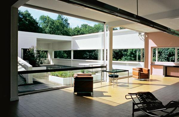 Villa Savoye Courtyard