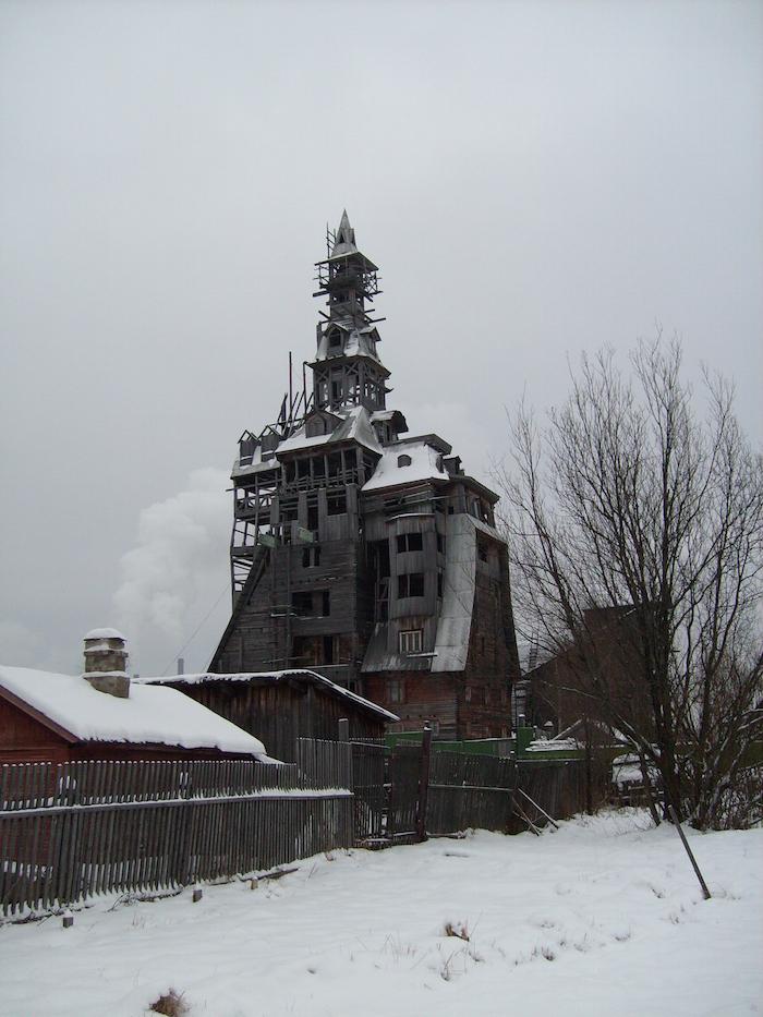Torre de Nikolai, Arkhangelsk, en Rusia, la torre de madera más alta del mundo