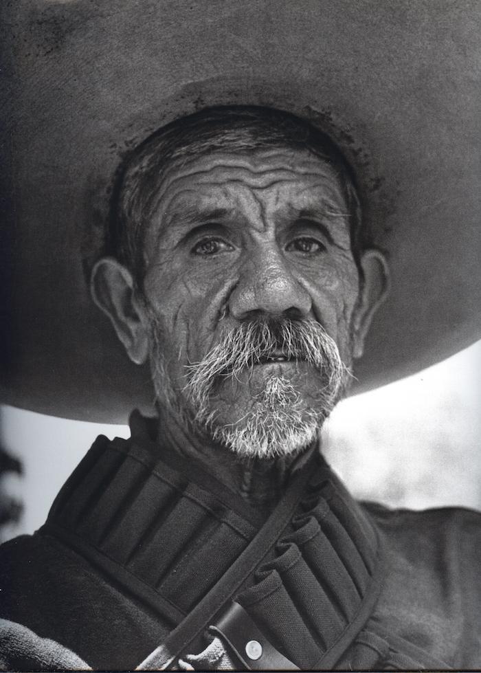 """Resultado de imagen para """"Pata de perro: Héctor García,"""