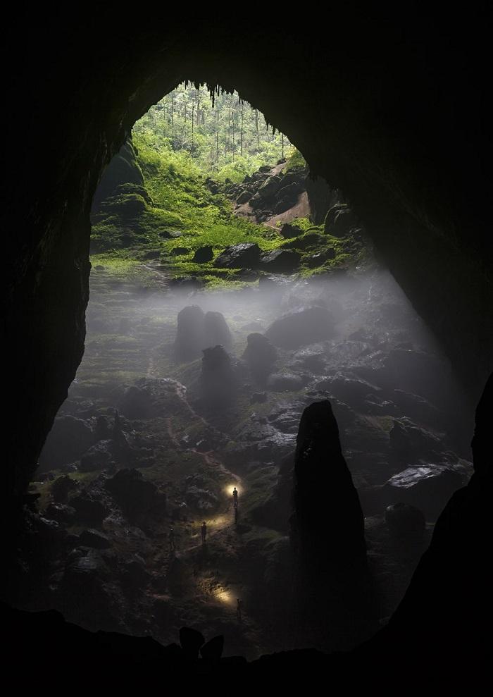NATGEO 02 Son Doong Cave by Chris Miller, shot in Phong Nha-Ke Bang National Park, Vietnam.