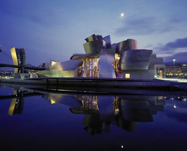Museo Guggenheim en Bilbao de Frank Gehry.