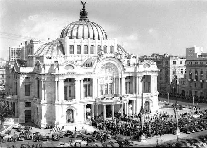 MUSEO AMPARO Adamo Boari y Federico Mariscal, Palacio de Bellas Artes, 1934. Ciudad de México.