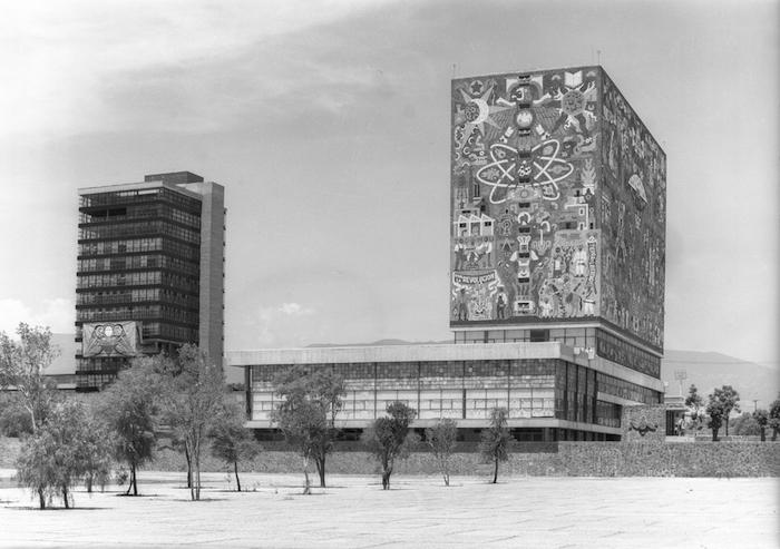 MUSEO AMPARO Mario Pani, Enrique del Moral y Salvador Ortega. Torre de Rectoría, 1952. Juan O'Gorman, Juan Martínez de Velasco, Gustavo Saavedra. Biblioteca Central, 1952.
