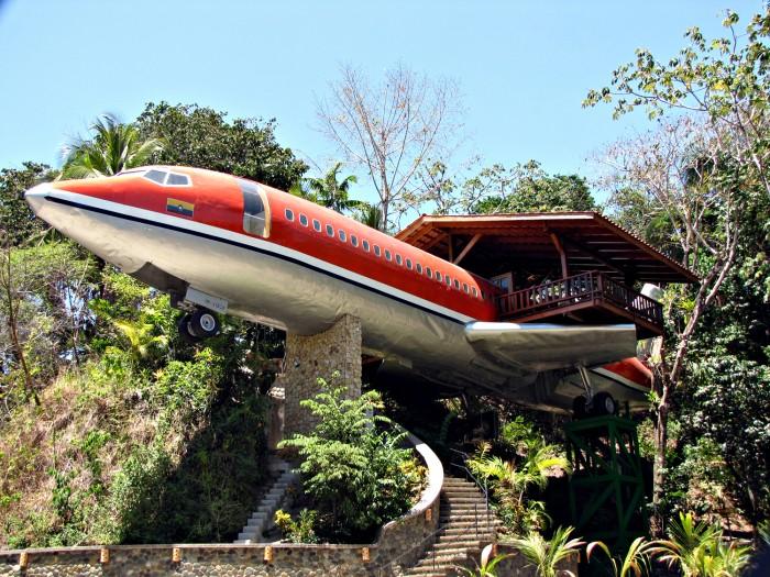 AVION 02 COSTA RICA