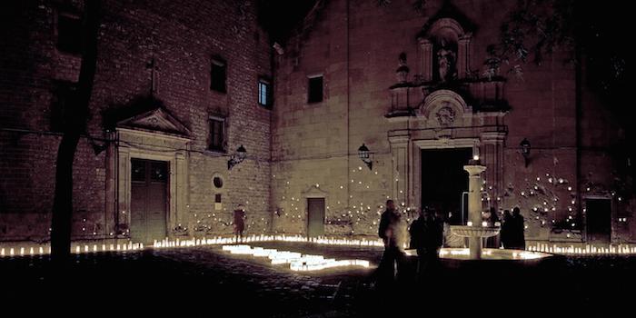 Lamp Lighting Between Silence and Light, España; por reMM © Robert Eleuteri. Image Cortesia de