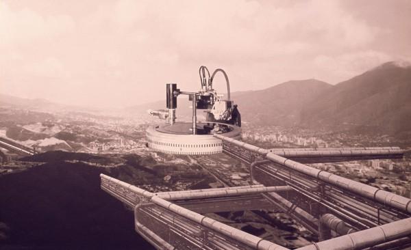 latin Jorge Rigamonti. Caracas, Nodo de Transferencia, 1970, fotocollage, 23.5 x 38.1 cm. Museum of Modern Art (MoMA), Nueva York. Latin American and Caribbean Fund