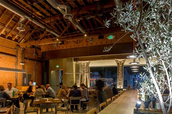Odys+Penelope (Los Angeles, CA).  Diseñado por  Preen, Inc.