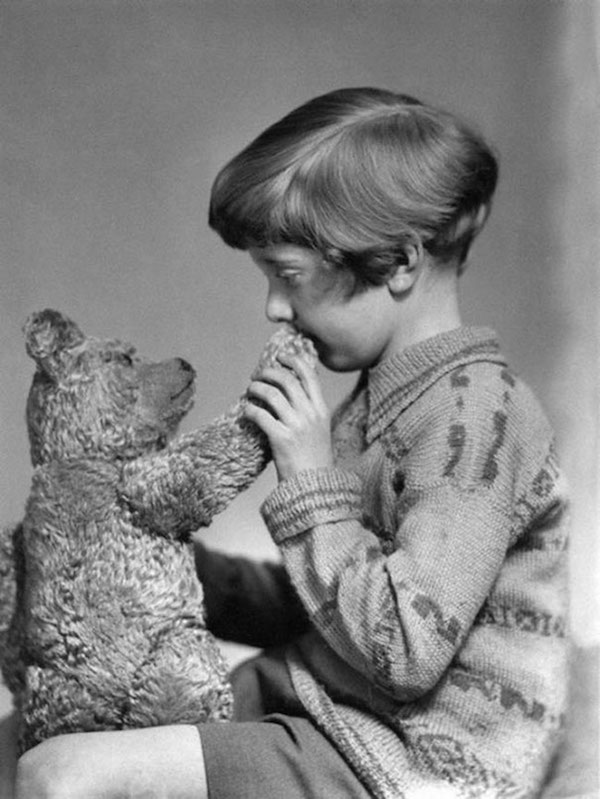 Los verdaderos Winnie the Pooh y Christopher Robin, 1927