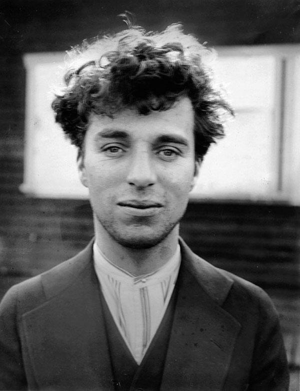 Charlie Chaplin en 1916,  27  años de edad