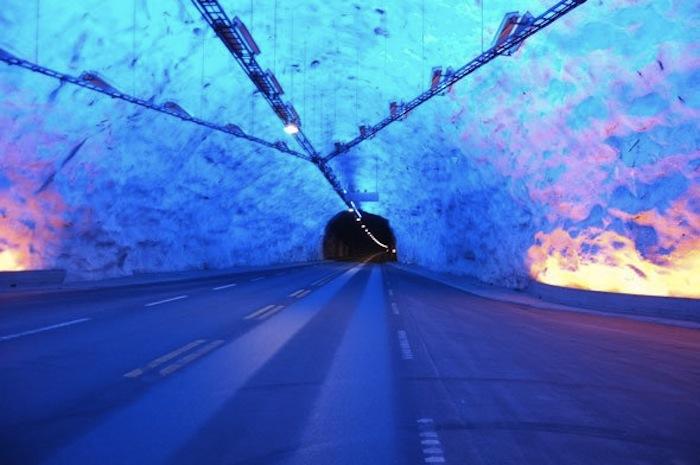 laerdal-tunnel-norway-1523-mi