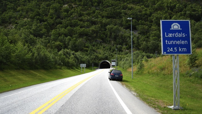 laerdal-tunnel-norway 2