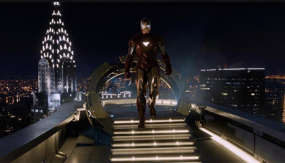 CINE Iron Man 02