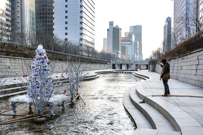 Cheonggyecheon, Seúl, en Corea del Sur.