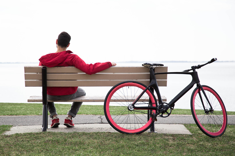 vanhawks-connected-bike-designboom02
