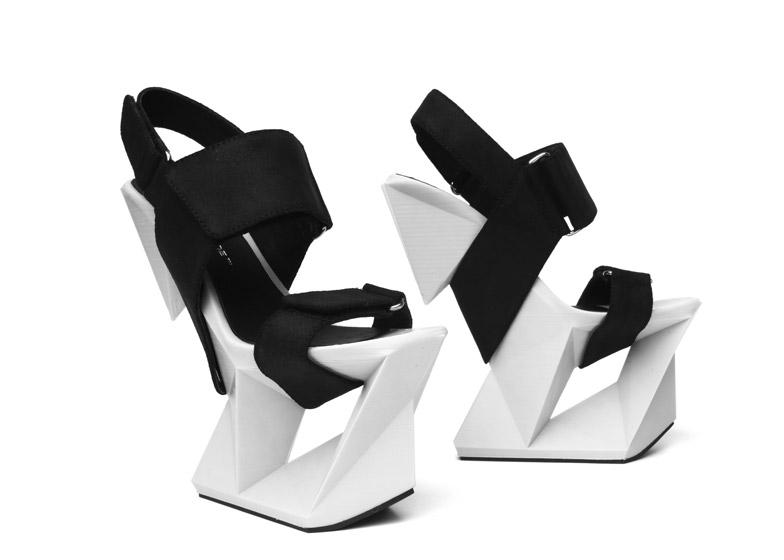 Ice-Shoe_United-Nude_dezeen_784_2