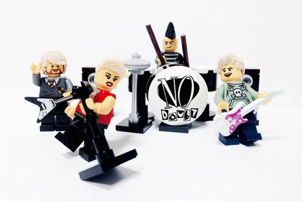 Diseño: grandes bandas musicales al estilo LEGO | paredro.com