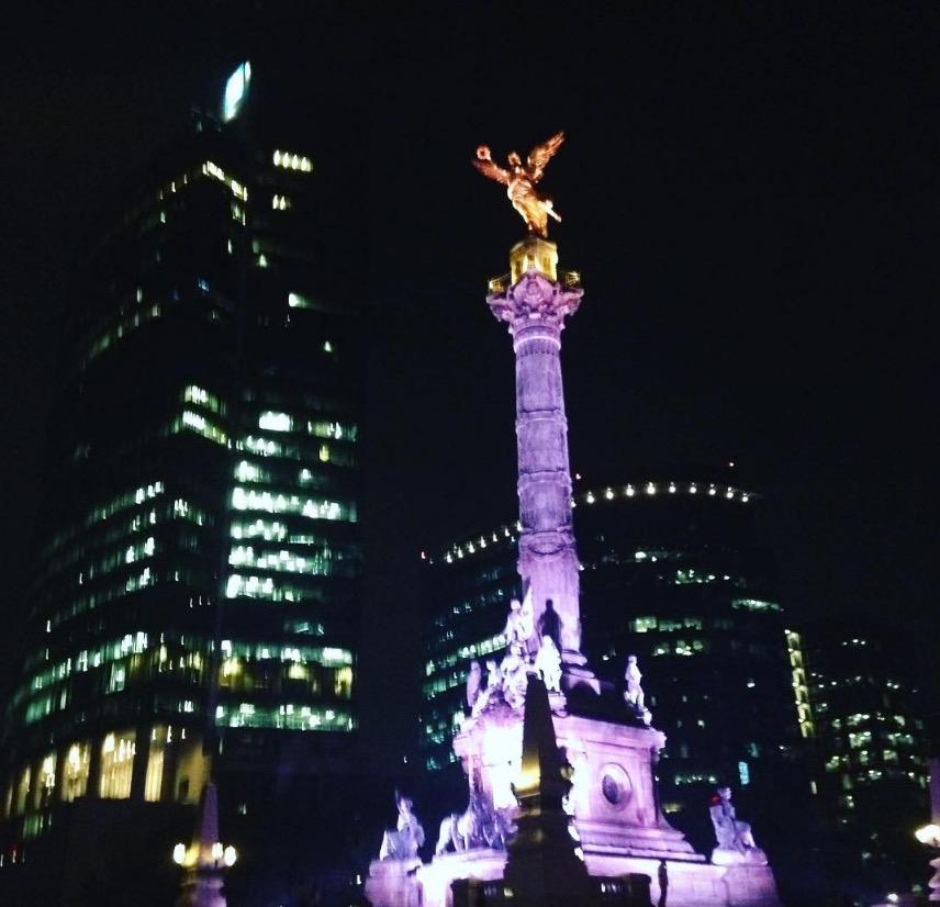 Columna del Centenario de la Independencia, Colonia Juárez
