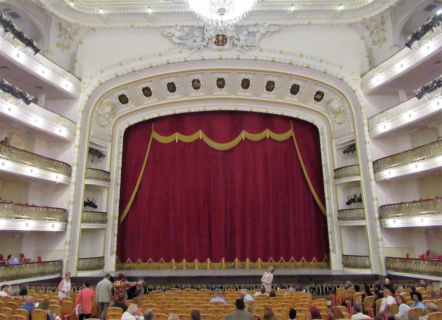 teatro-de-la-habana-02
