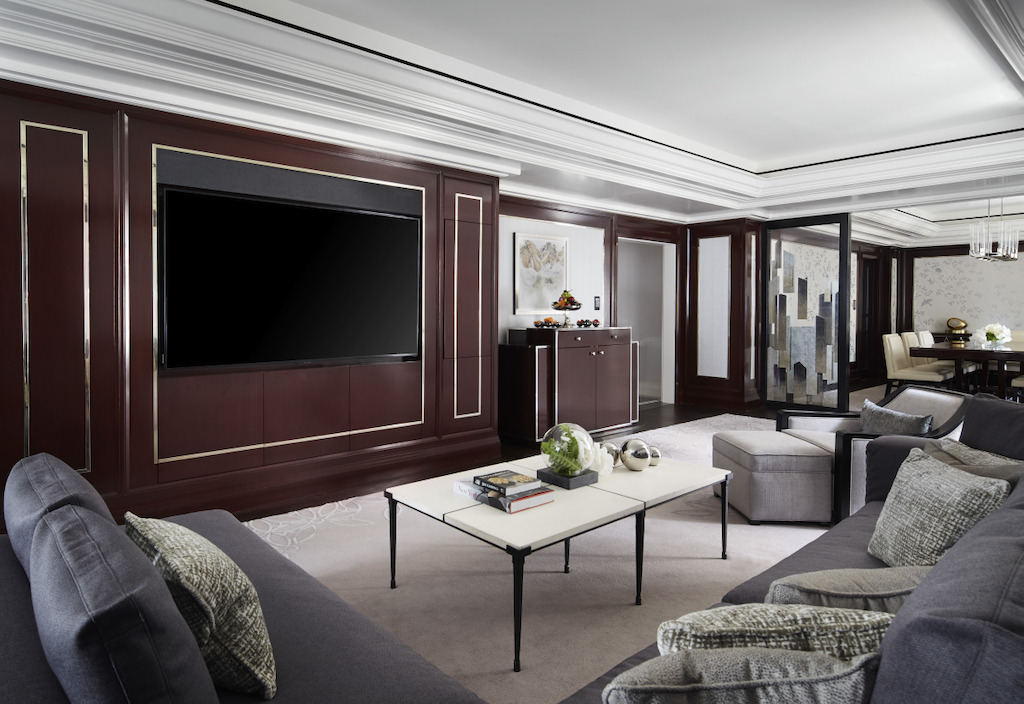 fifth-avenue-suite-living-room-2