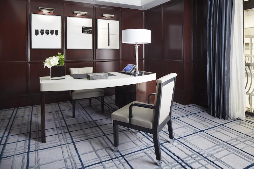 fifth-avenue-suite-study