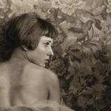 La pintora del arte desnudo nos sorprende con sus obras en la exposición: Nahui Olin. La Mirada Infinita, la cual se reúne para conmemorar el 40 aniversario de su fallecimiento.