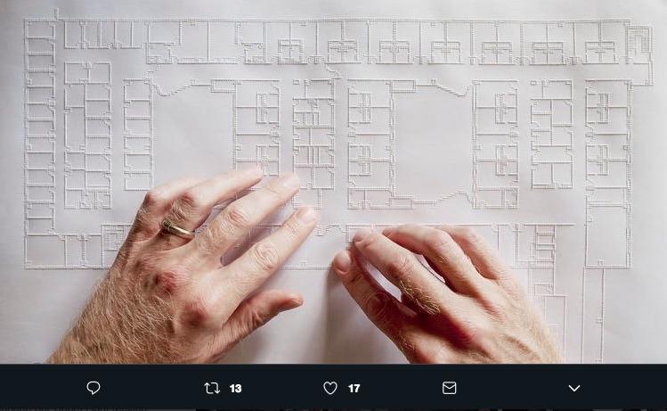 Chris Downey es un arquitecto invidente que decidió sacar de su situación una inspiración para crear Arquitectura para ciegos y mejorar su movilidad.