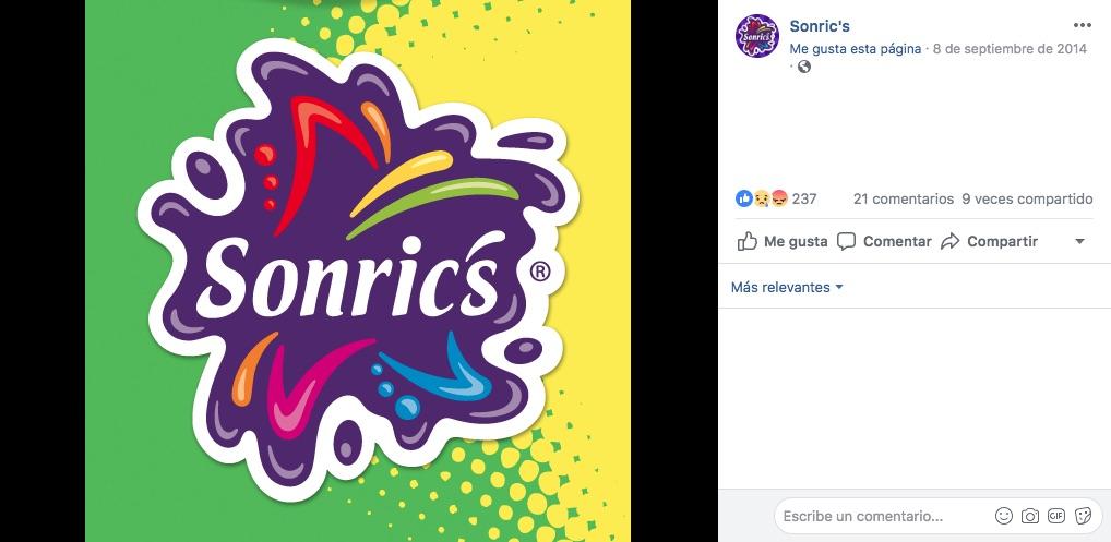 El logo de Sonric's fue creado en 1985, cuanto esta marca se creó para distribuir dulces mediante los camiones de Sabritas.