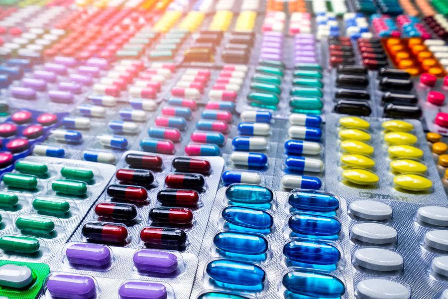 Una cuestión habitual en el packaging es como diseñar envases para la industria farmacéutica que sean efectivos, prácticos, bonitos y cuidados.