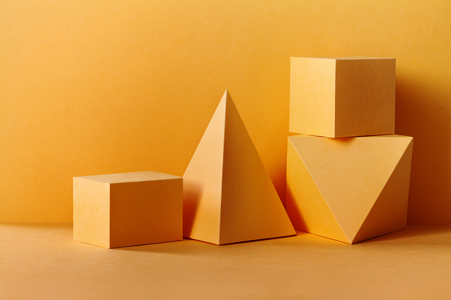 ¿Alguna vez te preguntaste por qué un isologo tiene esa forma? Se debe a los significados de las figuras geométricas que se utilizan a favor en los logos.