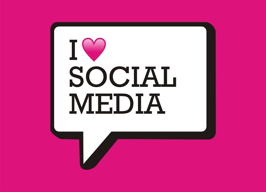 Las estrategias en las redes sociales se convirtieron esenciales, por lo que existen gráficos indispensables que debes incluir en tus tácticas.