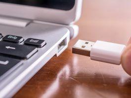 El creador del diseño del USB explica porque no es reversible, el cual tiene una razón muy importante, aunque esto genere dificultades al enchufarlo.