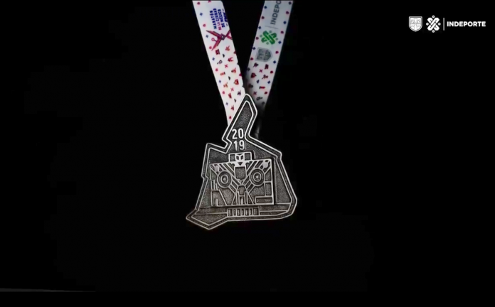 La nueva medalla del maratón de la CDMX es parte de una colección de 6, reunirán monumentos emblemáticos y todas delimitarán el territorio capitalino.
