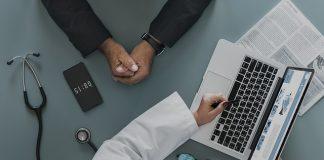 Una estrategia de marketing en salud es casi tan importante como la propia creación de la institución, a continuación te damos 6 consejos vitales.