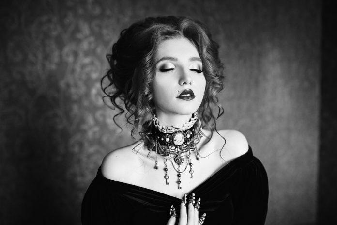 Para aprender a cómo fotografiar en blanco y negro, es necesario que pienses en monocromático y te olvides de los colores.