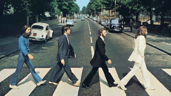 La portada de Abbey Road es probablemente la más famosa de The Beatles y fue tomada por Ian McMillan, quién tomó 5 fotografías más.