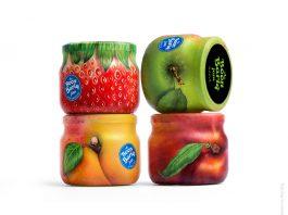 Estos empaques de mermelada tienen el diseño de la fruta de acuerdo al sabor de cada uno, esto también refleja la naturaleza que tienen sus ingredientes.