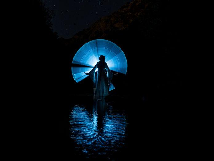 La fotografía lightpainting es increíble pero laboriosa de realizar, por ello estas recomendaciones te ayudarán a hacer mejores tomas.