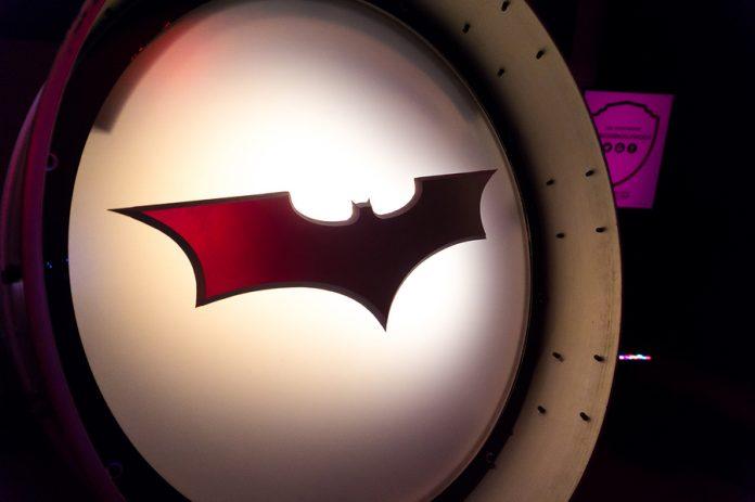 Por años la Batiseñal ha representado un símbolo de justicia y bienestar, en el marco del 80 aniversario de Batman se encenderá una en la CDMX.