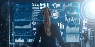 Saber qué quieren los clientes es posible mediante el análisis de la Big Data, lo cual puede ofrecer productos especializados a las necesidades de éstos.