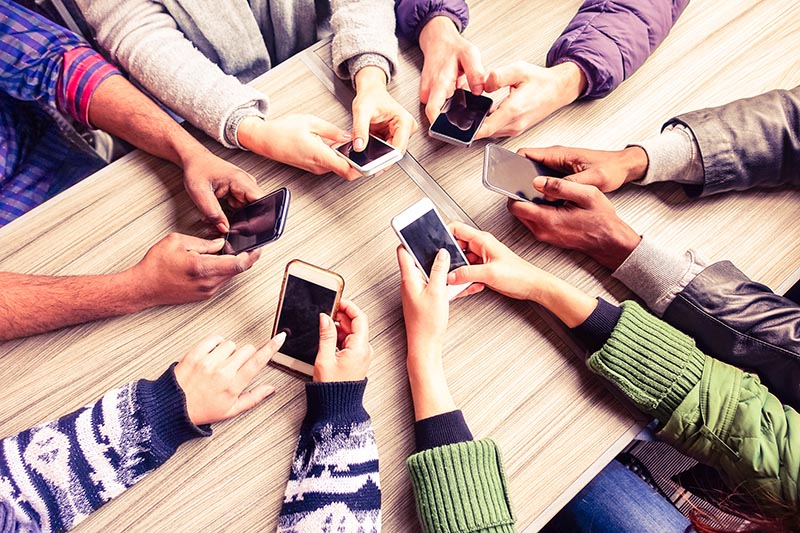 smartphones for e-commerce insights