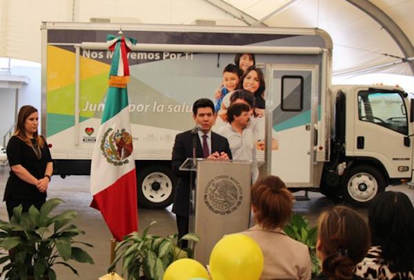 Unidad-Movil-Salud-Consulado-Mexicano-Ruedas