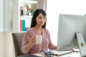 5 consejos para cuidar la alimentación si trabajas en casa