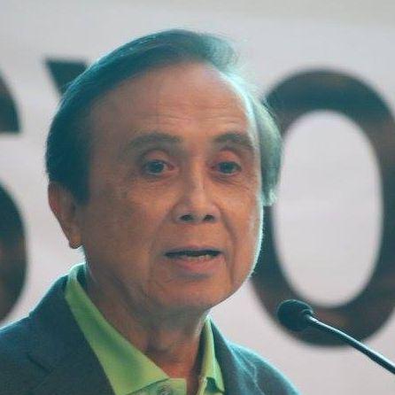 Ernesto Pernia