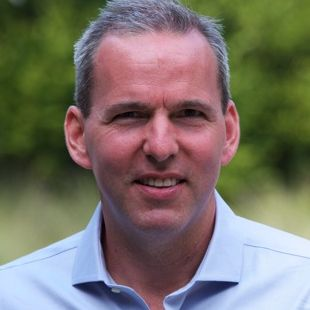 Jonathan Kay
