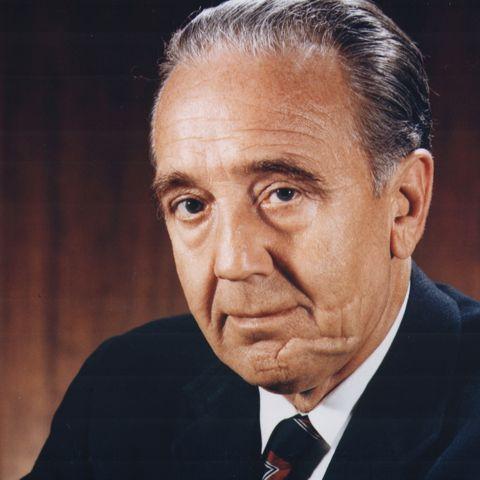 Kurt H. Debus