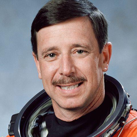 Scott J. Horowitz