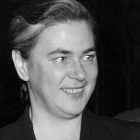 Soia Mentschikoff