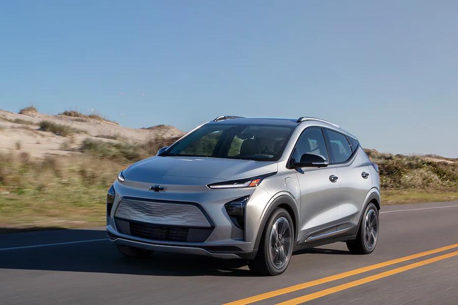 2022 Chevrolet Bolt EUV on the Road